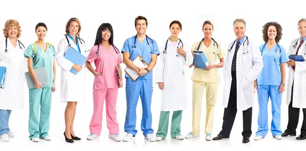 8 consejos prácticos para encontrar la mejor atención médica para tus padres ancianos